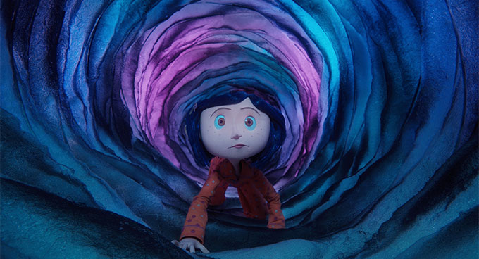 Coraline crawling through a tunnel